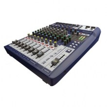 Soundcraft-Signature-10-angle
