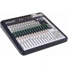 Soundcraft-Signature-16-angle-2