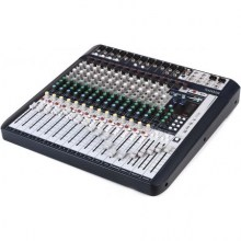 Soundcraft-Signature-16-angle